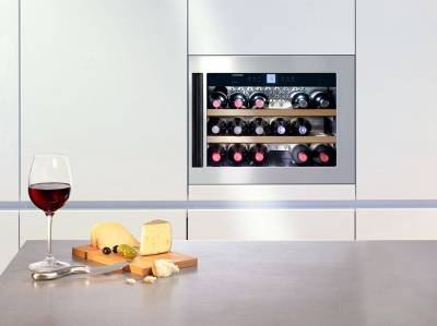 Wijnkoelkasten en flessenkoelers kopen bij elektro loeters